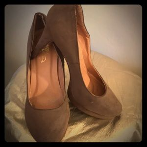 Journey Collection Size 8 Platforms